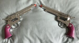 Pair CowGirl Pink Gonher Spain Dicast Cap Gun Pistols Revolvers Retro Toy