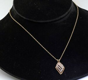 14K yellow gold elegant high fashion 1.29CT diamond cluster pendant necklace