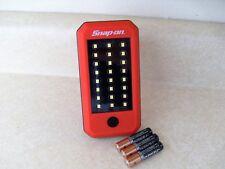 Snap On LED Work Spot Flash Flood Light 200 Lumens + 3 Duracell AAA Batteries