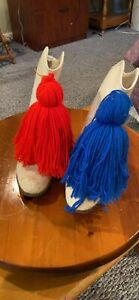 1980's WHITE LEATHER MAJORETTE MARCHING DRILL BOOTS BLUE And RED POM POMS Size 8