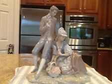 Lladro 4669 Couple Pastoral - Mint Condition