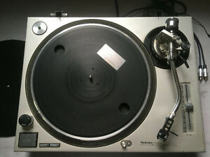 TechnicsSL-1200MK2 Direct-Drive DJ Turntable - Silver - Used Record Player