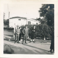 WWII 1945 197th Gen Hosp St Quentin France Photo ARC , 4 GI's two patients