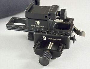 Really Right Stuff 150B-LMT Focusing Rail package w/Case Mint Used