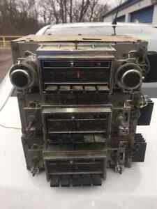 1970-1972  Vintage Buick Skylark GS 350 455 GSX AM/FM Radio Project cars