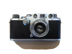 Leica Ernst Leitz Wetzlar Camera 387687 with Case Manuals And Accessories