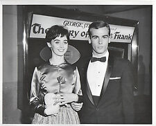 1959--MILLIE PERKINS & DEAN STOCKWELL @ HOLLYWOOD PREMIERE--8x10 PHOTO--NMT