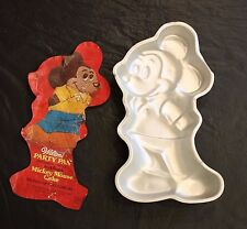 Wilton Standing Mickey Mouse Aluminum Birthday Cake Pan Mold 515-1805 Disney '78