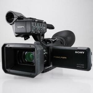 Sony HXR-NX70U (96 GB) High Definition DVD, AVCHD Camcorder