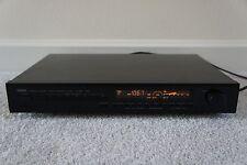 Yamaha TX 950 AM / FM Stereo Tuner.
