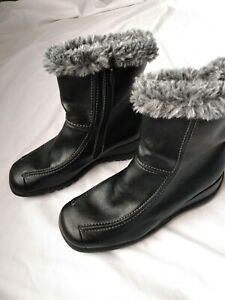 Sporto Womens 8.5 M Black Faux Leather Lined Faux Fur Boots Zip Shoes Wedge Heel