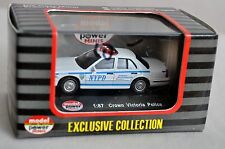 1/87 HO-Model Power NYPD New York Police Dept. 2005 Crown Victoria 19394 (KL)