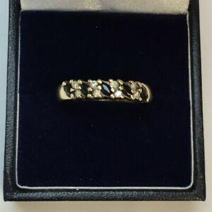 9CT YELLOW GOLD SAPPHIRE & DIAMOND HALF ETERNITY  STYLE RING