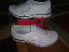 NEW $64 Womens Skechers Gratis Going Places shoes, size 11