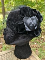 Vintage Ladies Adjustable Velvet Bow Hat Headpiece Black Netting USA