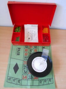 Vintage 1930s Boxed K & C Roulette Set Casino Game - Bakelite old gambling game