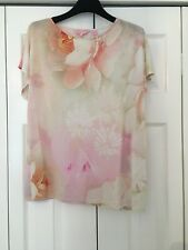 TED BAKER FLORAL T SHIRT SIZE 2