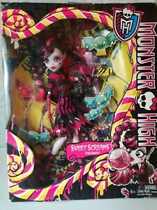 Monster High Sweet Screams Draculaura - Discontinued (RARE)