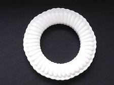 2 Stück Ringe Ring  5,6 cm  weiß  Kunststoff  NEUWARE  #840#