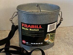Frabill 2.5 Quart Wade Bait Bucket With Shoulder Strap Model 1062