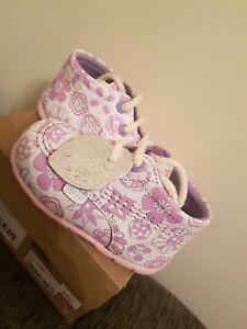 Kickers Hi Kick Girls Pink Flower First Boots - Size UK 4 / EU 20