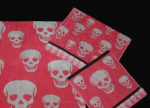 Betsey Johnson CRAZY SKULLS Coral Pink Black Trim Terry Hand Towel NWOT DISC