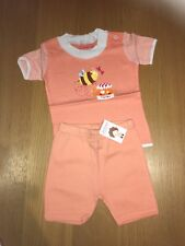 New 100% Organic Cotton Outfit (2 Pieces - T-shirt and Shorts) 12-18 months
