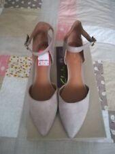 Clarks Evening & Party Med (1 3/4 to 2 3/4 in) Heel Height Heels for Women