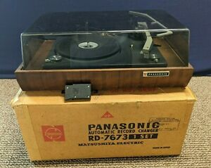 Panasonic RD-7673 Automatic Turntable Record Player Dust Cover 4 Speed Original