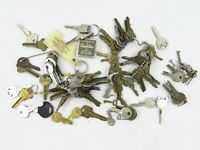 Vintage Used Key Lot (1 1/2+ lbs) 40's-90's Auto House Lock for Crafts/Repurpose