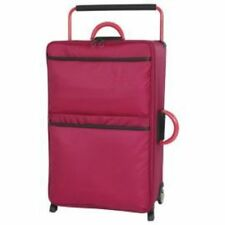 IT Luggage World's Lightest Suitcase Persian Red Medium New