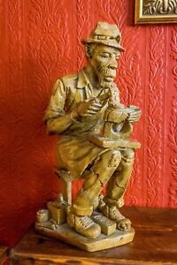 AFRICAN SOAPSTONE CARVING OF COBBLER ( 1979 ) Signed by Artist INCREDIBLE DETAIL