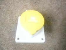 MENNEKES IP44 Yellow Panel Mount 3P Industrial Power Socket  RS 491-484