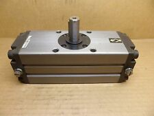 SMC CDRA1BS63-180C AIR /PNEUMATIC ROTARY ACTUATOR/CYLINDER 63mm BORE 17mm SHAFT