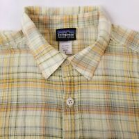PATAGONIA Short Sleeve Shirt Men's Size Small Plaid Organic Cotton Yellow Orange
