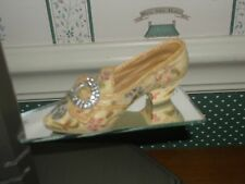 1999 Raine-Just The Right Shoe Figurine-Afternoon Tea-Good Condition