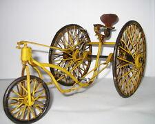 Erstes Tretauto, Nostalgie Blechspielzeug, gelb, Handarbeit, 22x12x12cm