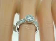 SIMON G 18K ENGAGEMENT HALO MOUNTING W/2 SIDE BANDS - 0.97CT DIAMONDS - SIZE 6.5