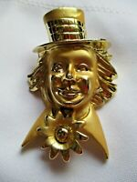 VINTAGE HAPPY & STUDIOUS GOLD TONE METAL CLOWN PIN WITH HAT BROOCH