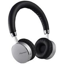 PIONEER Cuffia Bluetooth con Tecnologia NFC e Microfono Integrato Nero    Argento eae416d46945