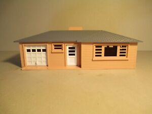 VINTAGE PLASTICVILLE RANCH HOUSE (#1603),SALMON SIDES,GRAY ROOF,WHITE SIDES, BOX