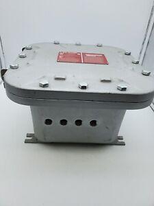 Hubbell Killark Quantum Enclosure 8X8X6 EXB-886 N34 Explosion Proof