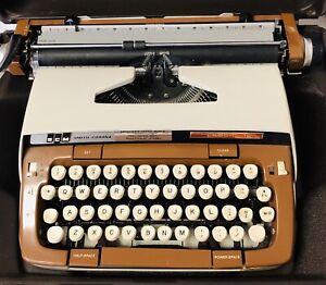 Vintage SMITH CORONA CLASSIC 12 Manual Brown Typewriter w/ Hard Case *FOR REPAIR
