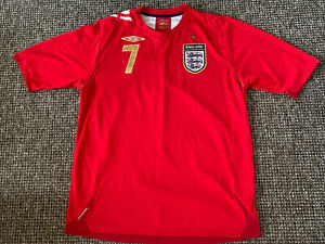 England Red Away Football Shirt Beckham 7 Umbro In Vgc Size Large (Man Utd)