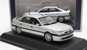 Norev 1/43 Alloy die-casting car model,1993 Renault Safrane Gift collection