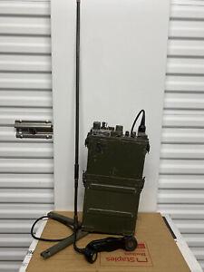 Vintage US Army Patrol Field Radio RT-176  PRC-10 w Antenna  Handset / Vietnam