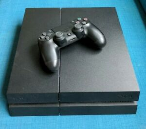 Sony PlayStation 4 (PS4) 500GB CUH-1216A - Black Console with Controller
