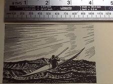 1930s Art Deco xilografía Impresa por Rockwell Kent: hombre en kayak en el mar