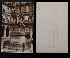 409-PARIS -5050 Statue de Jeanne dÁrc. (Photo DIX)