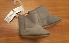 NEW Old Navy Girls Boys Unisex 12-18 MONTHS Cozy Crib Shoe Boots GRAY #32118
